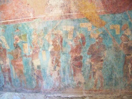 Colourful paintings of bonampak ruins in lacandon jungle for Bonampak mural painting