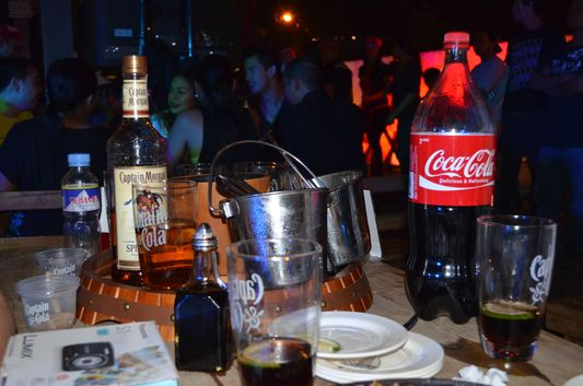 free Captain Morgan rum, coke and ice at Captin Morgan party in Manila