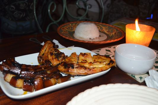 roasted chicken with rice in Taverna Luna in Puerto Princesa, Palawan, Philippines