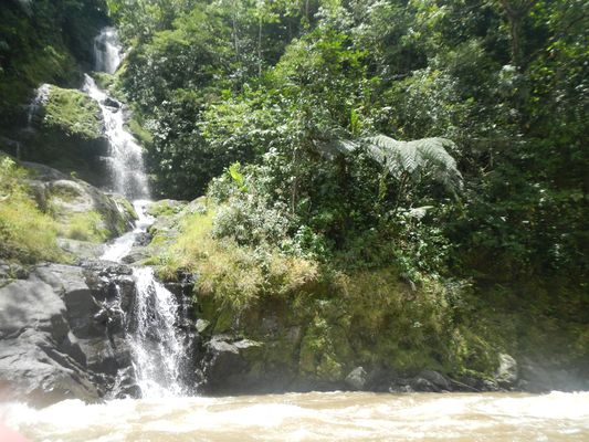one of the waterfalls we saw
