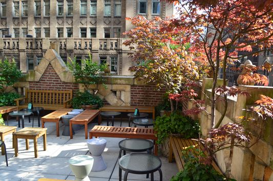 Where to stay in New York City – romantic Library Hotel