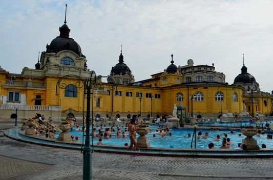 Visiting Szechenyi thermal baths in Budapest