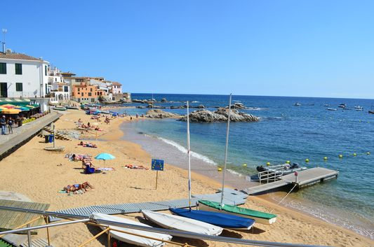 peaceful beach of Calella de Palafrugell