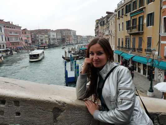 crazy sexy fun traveler in Venice
