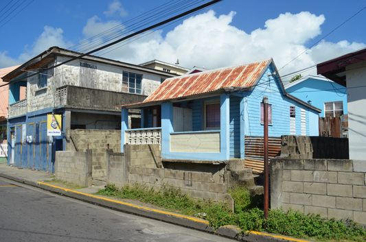 smaller houses on St. Kitts