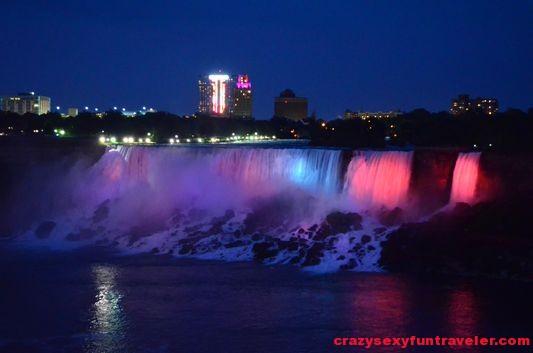 Niagara Falls fireworks (1)
