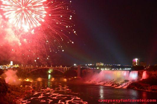 Niagara Falls fireworks (14)
