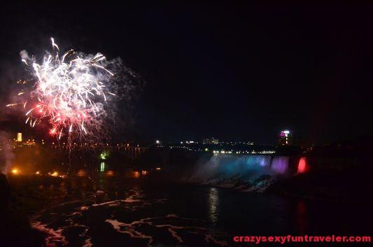 Niagara Falls fireworks (24)