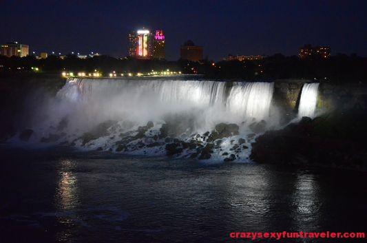Niagara Falls fireworks (3)