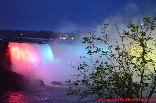 Niagara Falls fireworks (4)
