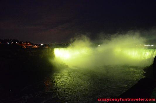 Niagara Falls fireworks (9)