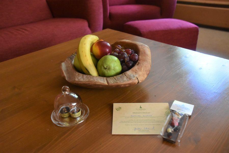 ovocie v apartmane adult friendly hotel Tri Studnicky
