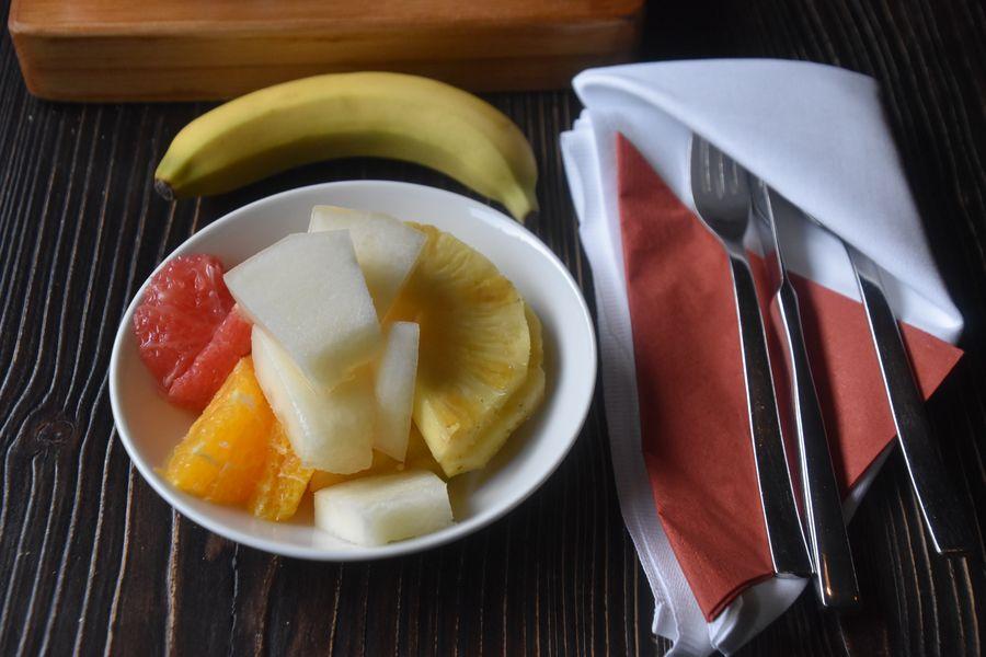 ovocie na ranajky adult friendly hotel Tri Studnicky