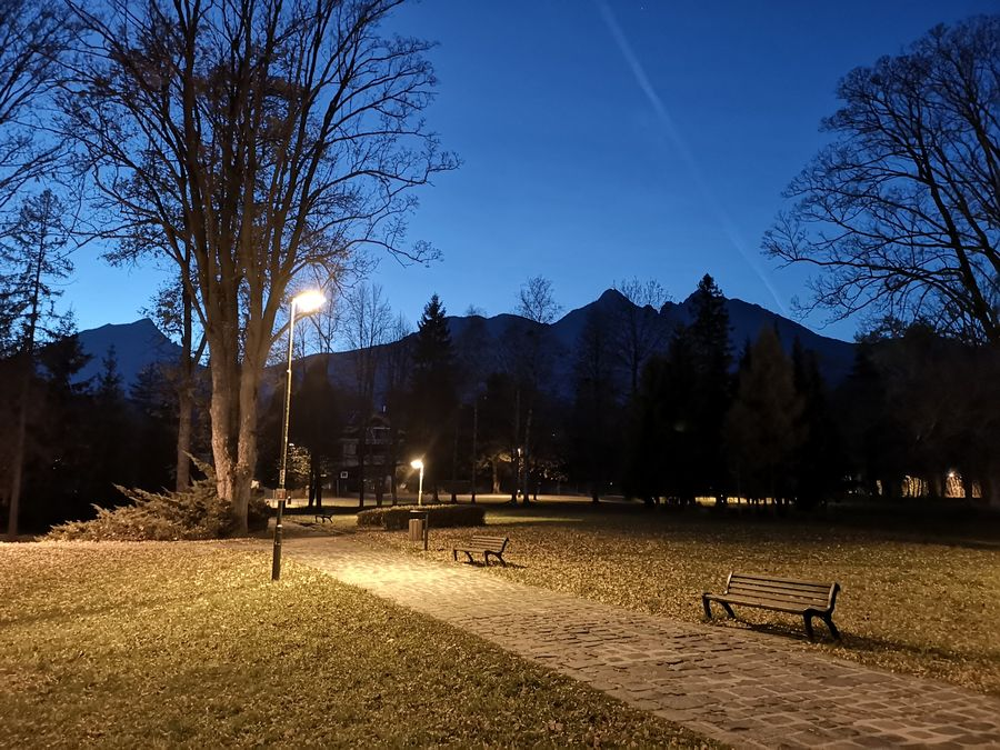 Tatranska Lomnica v noci