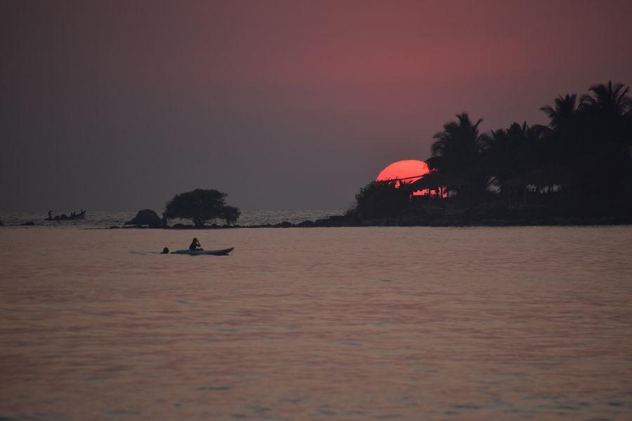 Palolem plaz zapad slnka