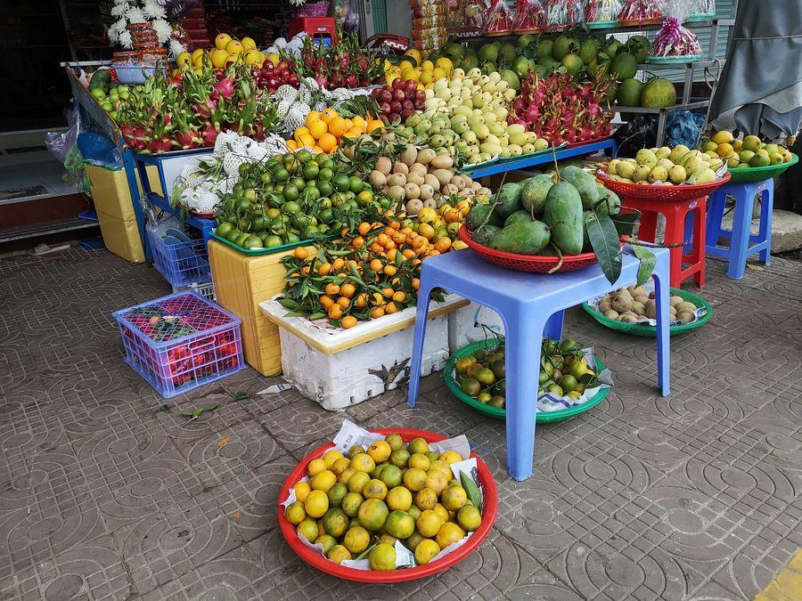 ovocie na trhu - preco navstivit Vietnam