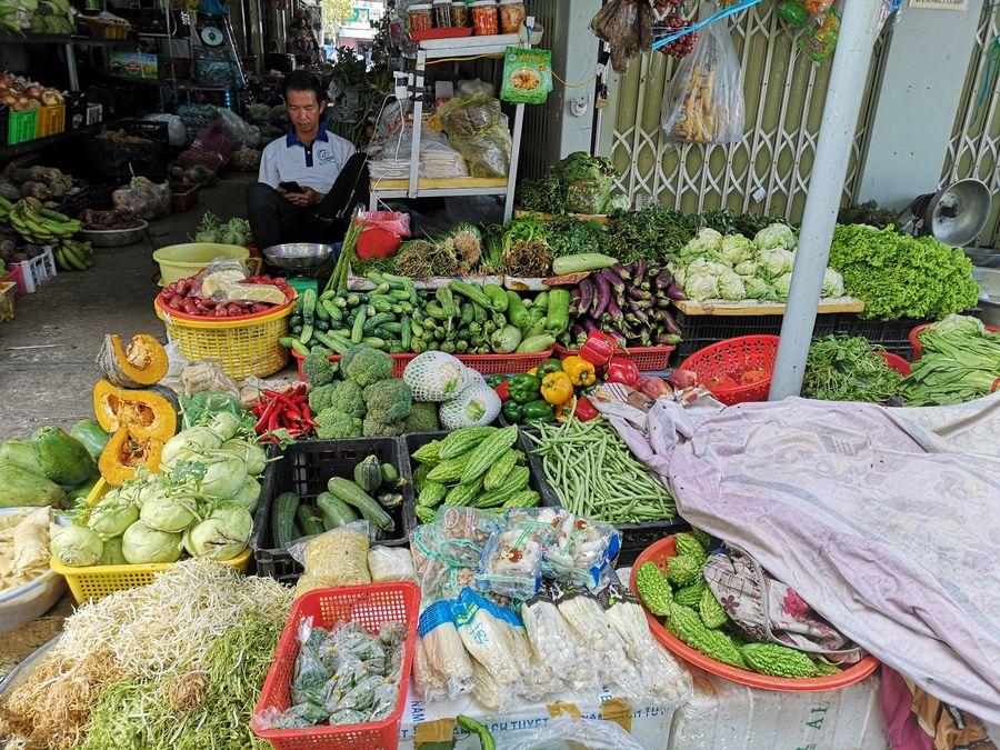zelenina na Con Dao trhu