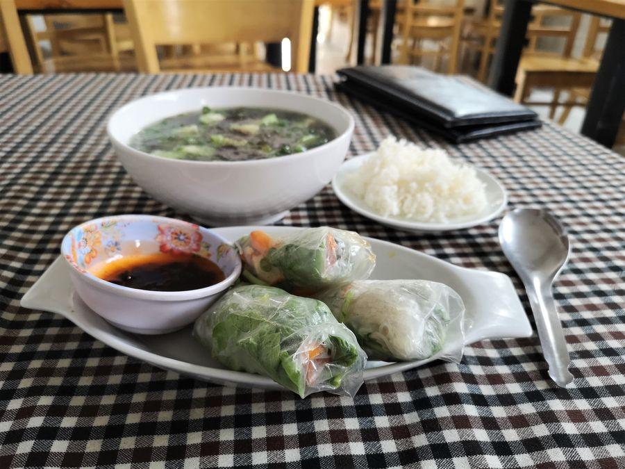 zeleninove rolky v Chay Con Dao Healthy Con Son city