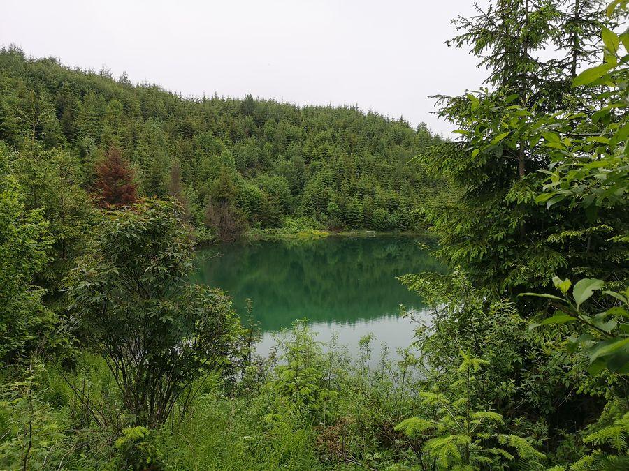 Jezerske jazero pohlad z pristupovej cesticky