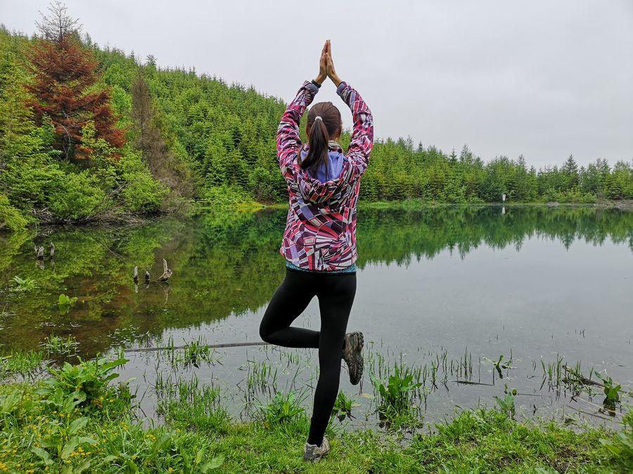 kratka joga pri Jezerskom jazere