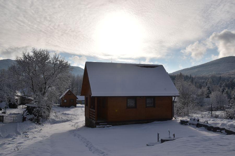 chata v Runine v decembri