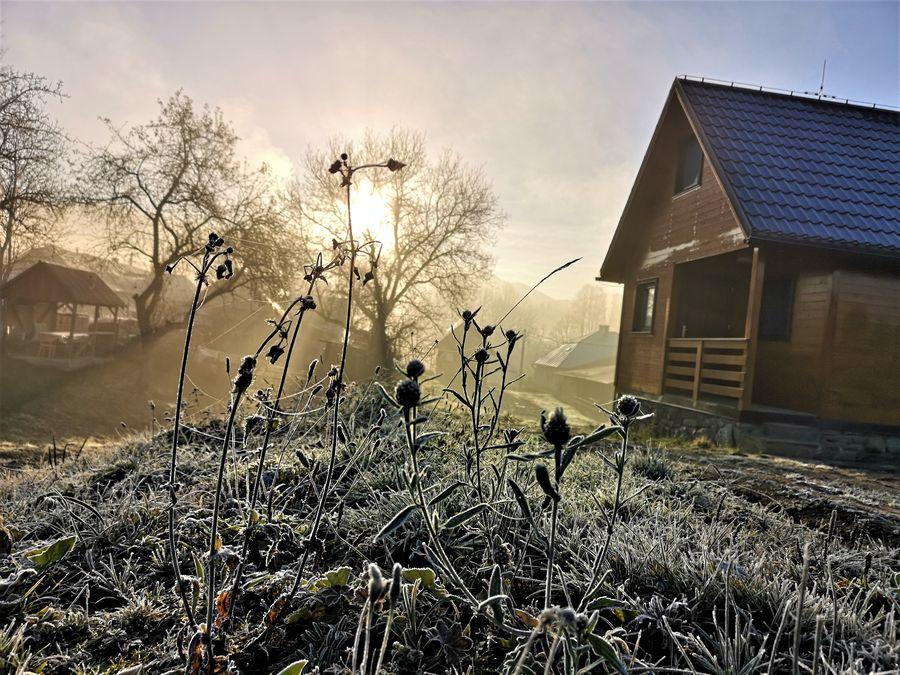 chata v Runine v jedno mrazive rano