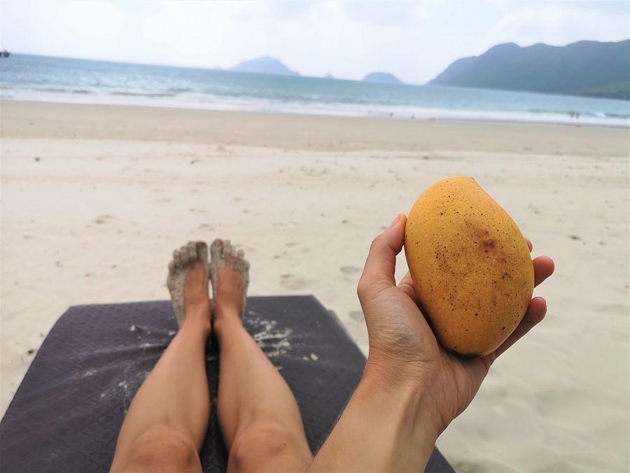 mango co som nasla na plazi