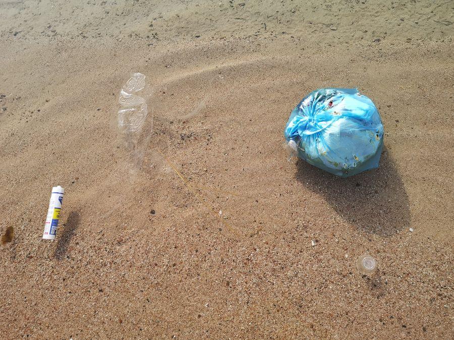 nevyhody Egypta - odpadky v mori
