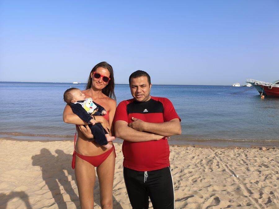 Egyptan ma oslovil na plazi aby sme sa odfotili