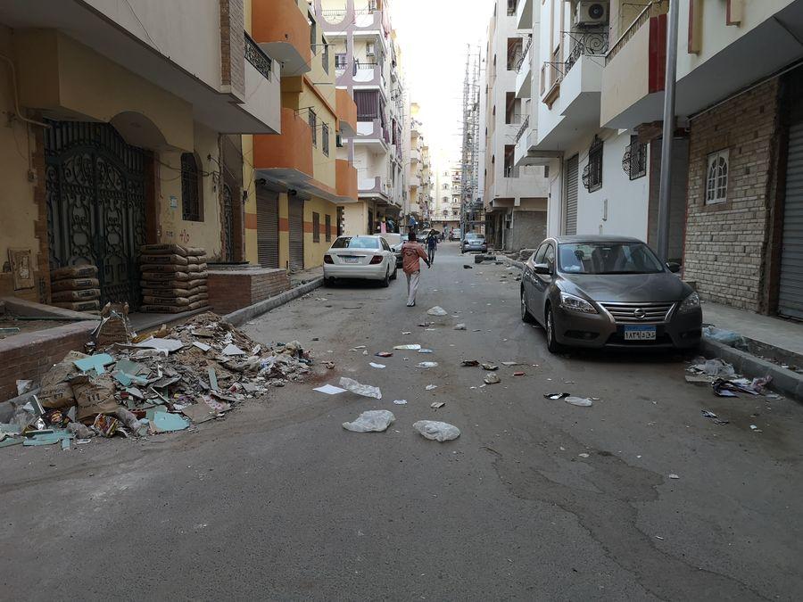 ulice Hurghady plne spiny