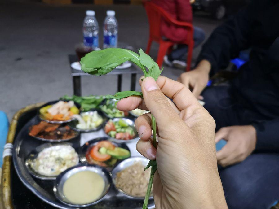 vegan jedlo zo stanku na ulici v Hurghade