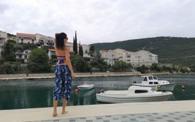 crazy sexy fun traveler in Neum Bosnia and Herzegovina
