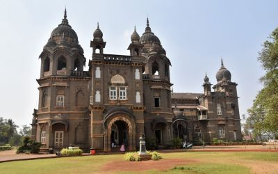 New Palace Things To Do In Kolhapur Deccan Odyssey Luxury Train (6)