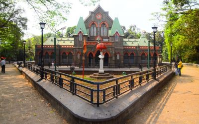 Town Hall Kolhapur Things To Do In Kolhapur Deccan Odyssey Luxury Train (13)
