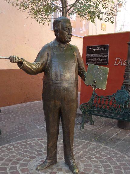 Diego Rivera statue in Guanajuato