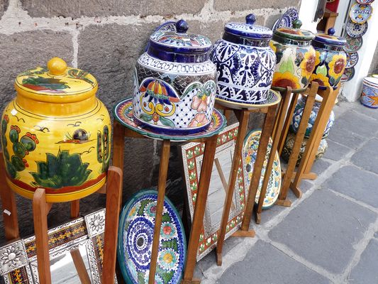 Puebla pottery, el Parral, Mexico