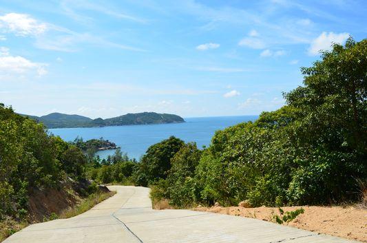 sea view from Haad Rin to Thongsala on Koh Phangan