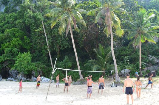 Koh Wua Talap beach volleyball in Angthong Marine National Park