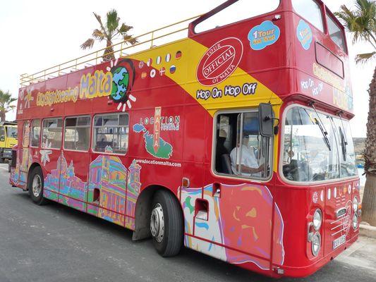 sightseeing buses in Valletta, Malta