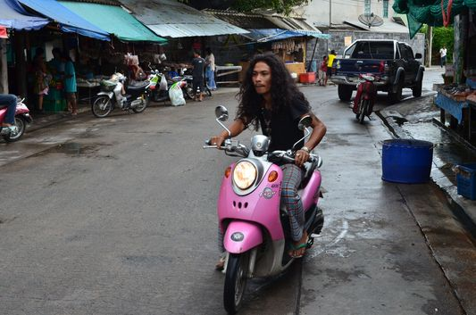 rent a motorbike on Koh Phangan island in Thailand
