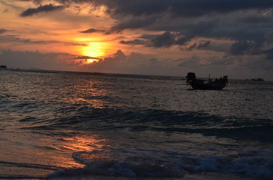 sunset at Haad Yao beach on Koh Phangan island