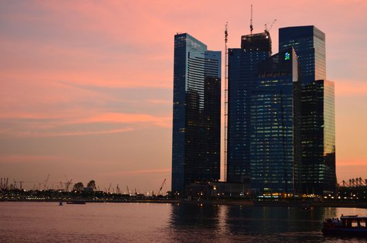 sunset photo at Marina Bay in Singapore