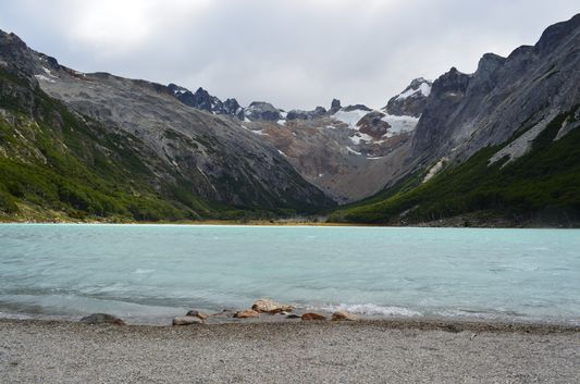 Laguna Esmeralda and the glacier behind it