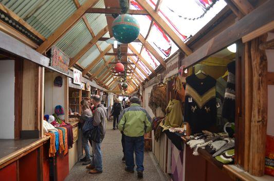 Paseo de las Artesanias - handicrafts in Avenida Maipu in Ushuaia