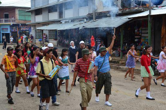 children fiesta in Rurrenabaque