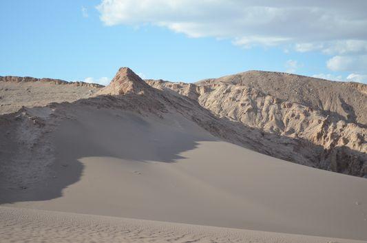 one of the big dunes in Valle de la Luna