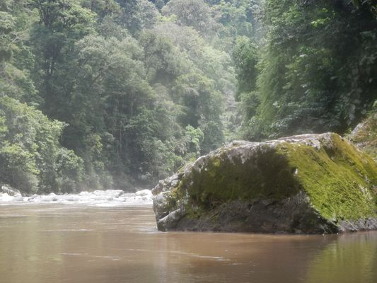 big stones in our way in Pacuare river