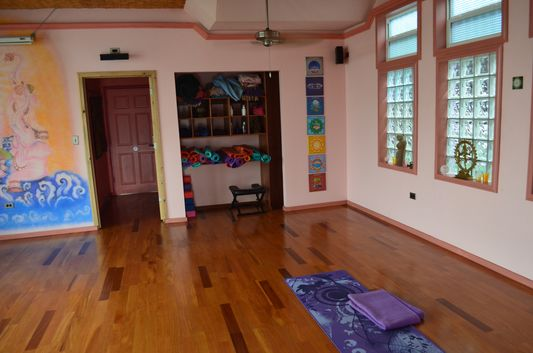 getting ready for yoga class in Bocas yoga