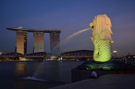 Merlion Park with the famous Lion statue and Marina Bay Sands Hotel