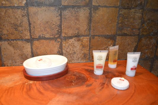 free toiletries in Palma Royale